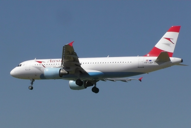 Austrian Airlines - A320-200 Author: Adrian Pingstone