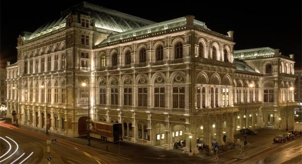 Opera House in Vienna (Wikipedia)
