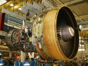 A CF6 turbofan engine at the KLM engine shop on Schiphol airport. Author: BabyNuke