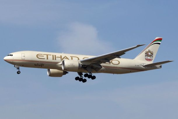 By Andre Wadman - Gallery page http://www.airliners.net/photo/Etihad-Airways-Cargo/Boeing-777-FFX/2275000/LPhoto http://cdn-www.airliners.net/aviation-photos/photos/0/0/0/2275000.jpg, GFDL 1.2, https://commons.wikimedia.org/w/index.php?curid=28708813