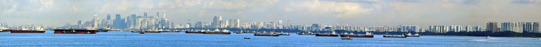 panoramic_view_of_the_central_business_district_singapore_and_ships_-_20100712