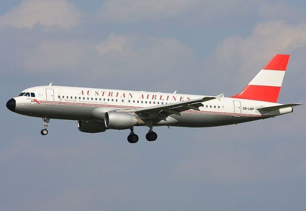 By Alan Lebeda - Gallery page http://www.airliners.net/photo/Austrian-Airlines/Airbus-A320-214/2026105/LPhoto http://cdn-www.airliners.net/aviation-photos/photos/5/0/1/2026105.jpg, GFDL 1.2, https://commons.wikimedia.org/w/index.php?curid=28457812