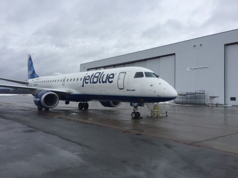JetBlue Embraer 190 arrives at Premier Aviation's Rome, NY facility. (Photo: Business Wire)