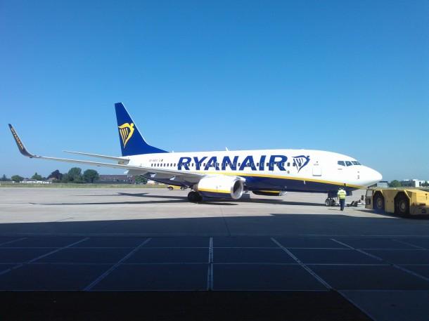 ryanair-new-boeing-sky-interiors-4