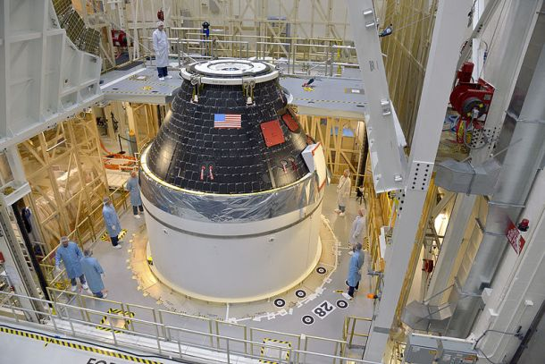 By NASA/Rad Sinyak - http://www.nasa.gov/content/orion-s-first-crew-module-complete/, Public Domain, https://commons.wikimedia.org/w/index.php?curid=36915488